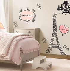 Ideas para decorar una habitación inspirada en Paris http://comoorganizarlacasa.com/ideas-decorar-una-habitacion-inspirada-paris/ #decor #decoracion #Decoraciondeinteriores #Homedecor #IdeasparadecorarunahabitacióninspiradaenParis #Inspiración #inspo #Parisdecor #TipsdeDecoracion