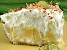 Recipe for Florida Pie - Dorie's Florida Pie is essentially a traditional key lime pie lined with a layer of coconut cream. It is brilliant because that layer of sweet creaminess really balances out the tartness of the Key lime filling. Brownie Desserts, Köstliche Desserts, Delicious Desserts, Dessert Recipes, Yummy Food, Tropical Desserts, Yummy Recipes, Key Lime Pie, Pie Dessert