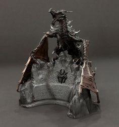 Amazon.com : Elder Scrolls V: Skyrim Collectors Edtion Alduin Statue : Skyrim Collector S : Everything Else