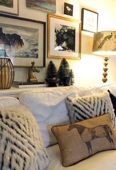 cozy Christmas decorations @Copycatchic @lowes