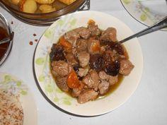 Χοιρινό με δαμάσκηνα και βερίκοκα * του χειμώνα και των Χριστουγέννων * Beef, Recipes, Food, Meat, Essen, Meals, Ripped Recipes, Yemek, Eten