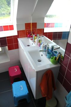 rainbow bathroom Marjoliemaman