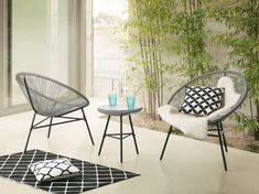 Choices in Outdoor Patio Furniture Sets – Outdoor Patio Decor Patio Dining, Patio Chairs, Ensemble Patio, Aluminum Patio, Bistro Chairs, Patio Furniture Sets, Furniture Design, Furniture Ideas, Bistro Set