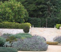 Southern California garden by Deborah Nevins and Associates via Remodelista