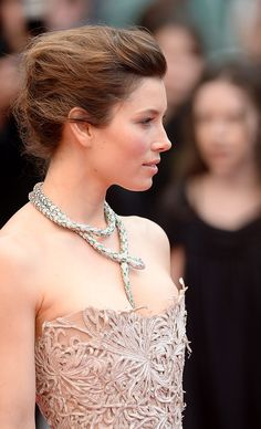 festival internacional de cine de Cannes 2013 emma watson carey mulligan lana del rey great gatsby looks de belleza - Jessica Biel