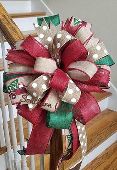 Christmas Tree Bows, Christmas Staircase, Christmas Truck, Christmas Tree Toppers, Christmas Birthday, Rustic Christmas, Christmas Holidays, Christmas Crafts, Christmas Kitchen