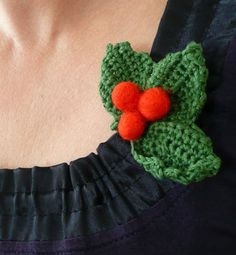 Christmas Holly berry #crochet #brooch