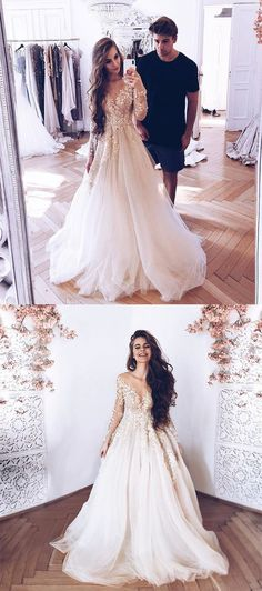 Gorgeous Ball Gown Round Neck Long Sleeves Champagne Lace Long Wedding Dresses