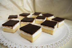 Ako krájať zákusky, koláče a torty | Tortyodmamy.sk Tiramisu, Chocolate, Ethnic Recipes, Desserts, Food, Brownies, Basket, Kuchen, Tailgate Desserts