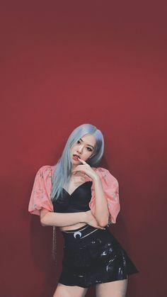 Lisa Blackpink Wallpaper, Rose Wallpaper, South Korean Girls, Korean Girl Groups, Foto Rose, Young Park, Park Jimin Cute, Emotional Photography, Rose Park