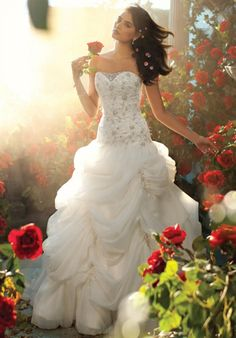 225 by Disney Fairy Tale Weddings By Alfred Angelo,