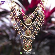 Pearl necklace designs by Vaibhav photo - Pearl necklace designs by Vaibhav photo - Pearl Necklace Designs, Pearl Jewelry, Indian Jewelry, Gold Jewelry, Beaded Jewelry, Sterling Jewelry, Gold Necklaces, Photo Jewelry, Gold Earrings