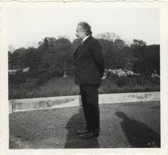 Einstein, Albert (1879-1955) in Laeken, Belgien. Portr_03080
