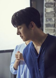 "[Drama] Ji Chang Wook reveals his 'Suspicious House' life in more behind-scenes from ""Suspicious Partner"" Dramas, Justin Gray, Ji Chang Wook Smile, Ji Chang Wook Photoshoot, Suspicious Partner, Kdrama Actors, Love Me Forever, Drama Korea, Best Couple"