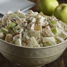 Creamy Chicken Potato and Apple Salad Recetas comida y bebidas Ham Salad Recipes, Chicken Recipes, Healthy Recipes, Healthy Food, Salade Healthy, Fancy Salads, Olives, Le Chef, Soup And Salad