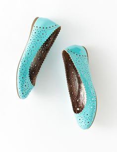 turquoise cut out flats