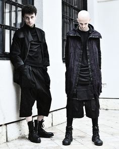 Alternative Men, Lifestyle Store, Signature Look, Winter Jackets, Fashion Outfits, Unisex, Clothes For Women, Elegant, Silhouettes