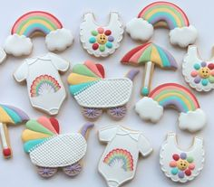 Sharing some of my favourite sets from This set was made for a rainbow themed baby shower. Rainbows were a very popular choice in Baby Cakes, Baby Shower Cakes, Cupcakes Para Baby Shower, Tortas Baby Shower Niña, Baby Shower Themes, Shower Ideas, Baby Shower Biscuits, Rainbow Theme Baby Shower, Rainbow Baby