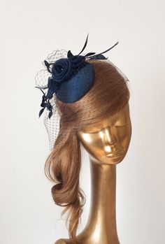 Unique Navy Blue bridal taffeta fascinator finished with organza silk flowers. It is very comfortable and easy to wear, mounted on a clip or comb Wedding Fascinators, Wedding Hats, Bridal Fascinator, English Hats, Navy Blue Fascinator, Facinator Hats, British Hats, Millinery Hats, Cocktail Hat