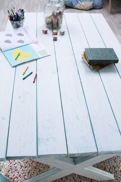 how to build a kids' table.