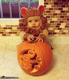 De Leon - 2012 Halloween Costume Contest
