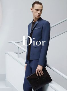 Edward Wilding and Victor Norlander front the Spring/Summer 2014 campaign of Dior, captured by the lens of Karl Lagerfeld. Karl Lagerfeld, Stylish Mens Fashion, Men Fashion, Fashion Outfits, Fashion Tips, Campaign Fashion, Fashion Advertising, Advertising Campaign, Men Formal