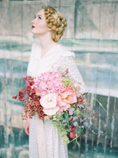 Pink Bouquet | Couture Inspired Shoot At Larmer Tree Gardens Dorset | Styling & Florals By Bo Boutique | Images From Taylor Barnes Photography | http://www.rockmywedding.co.uk/couture-styling-at-larmer-tree-gardens/