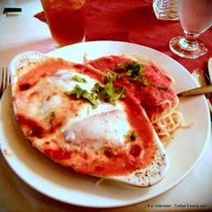Belle Arti in Hot Springs is considered to be an extraordinarily romantic Italian joint along Central Avenue. #arkansasfood #belleartirestaurant #italianfood #hotsprings #hotspringsarkansas #Arkansas #eggplantparmigiana #visitarkansas #pasta http://ift.tt/2clpmDB