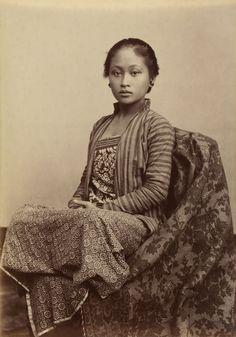 Young Javanese women