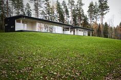 Yksilöllisesti suunniteltu loma-asunto ja rantasauna  Valmistumisvuosi 2012 Pinta-ala: 307 m² Sijainti: Etelä-Suomi Pääsuunnittelu: Plusarkkitehdi