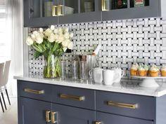 HGTV's Favorite Trends to Try in 2015 Interior Design Styles and Color Schemes for Home Decorating HGTV Kitchen Backsplash Gallery, Backsplash Ideas, Backsplash Tile, Wall Tile, New Kitchen, Kitchen Decor, Kitchen Tile, Rental Kitchen, Eclectic Kitchen