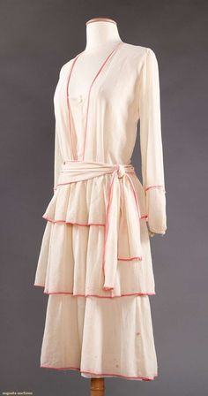 Day dress, cotton, no location available, ca. 1920
