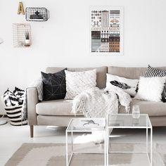 LOTS spiegels | #IKEA #woonkamer #spiegel #interieur | Spring into ...