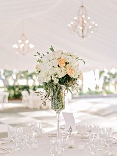 Photography: Amy Arrington Photography - amyarrington.com  Read More: http://www.stylemepretty.com/2015/05/21/traditional-southern-wedding-at-lowndes-grove-plantation/