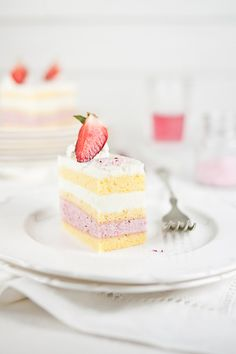 Strawberry Mousse & Lemon Cream Cake - BakeNoir.com
