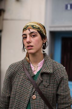 On the Street…Boulevard Beaumarchais, Paris (The Sartorialist) The Sartorialist, Over The Top, Rock And Roll, Scott Schuman, Grunge, Pet Style, Hipster, Fitted Suit, Work Looks