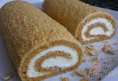 Mrkvová roláda s tvarohovým krémem | NejRecept.cz Sweet Recipes, Cake Recipes, Dessert Recipes, Desserts, Healthy Deserts, Healthy Sweets, Czech Recipes, Different Cakes, No Bake Pies