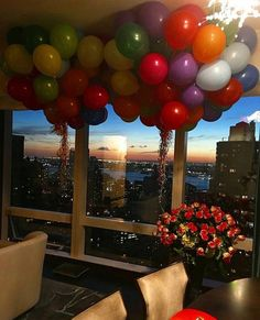 Via @chique_le_frique 🎈 #worldsuniquedesigns #loveit #balloons #colors #home #celebrity #celebrationoflife #love #lifestyle #lifeisbeautiful #eventdesign #eventdesigner #birthday #birthdayparty #evening #lifestyleblogger #likepost #likelikelike