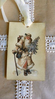 Santa-Vintage Style Gift Tag Glitter
