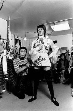 1973 - Kansai Yamamoto and David Bowie 70s (photo by Masayoshi Sukita).