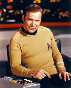 Star Trek Original Series Captain James T.Kirk played by William Shatner. William Shatner, James T Kirk, Star Trek Original Series, Star Trek Series, Star Trek Enterprise, Science Fiction, Stargate, Deep Space Nine, Star Trek Cast