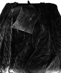 Black Bedspread, Black Comforter, Velvet Bedspread, Velvet Bedding Sets, Velvet Quilt, Green Quilt, Black Quilt, Quilted Christmas Gifts, Velvet Throw Blanket