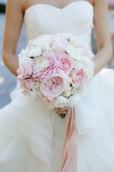 Gorgeous round bouquet: http://www.stylemepretty.com/little-black-book-blog/2015/05/13/glamorous-romantic-sonoma-summer-wedding/ | Photography: Allyson Wiley - http://www.allysonwiley.com/