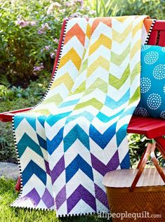 With Flying Colors by @meganbohr. Fabrics are from the Kona Cotton Solids collection by @robertkaufman.