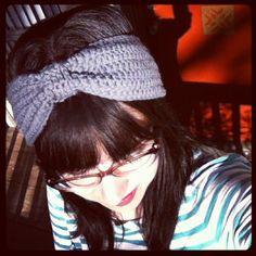 MOD TITAN: pattern: west lynn headwrap using foundation double crochet Crochet Hair Accessories, Crochet Hair Styles, Free Crochet, Knit Crochet, Crochet Hats, Crochet Headbands, Double Crochet, Crochet Stitches Patterns, Knitting Patterns