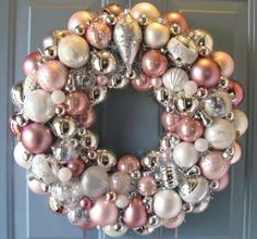 Lovely #PINK Christmas Wreath by judyblank on Etsy