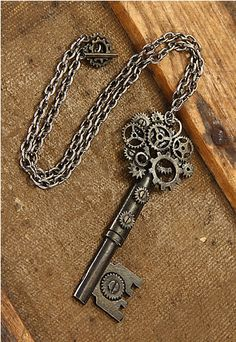 Add to your Steampunk costume this year with our Steampunk Antique Key Gear Necklace. This necklace features an antique brass look with details of machine gears on the key. Style Steampunk, Steampunk Fashion, Steampunk Heart, Steampunk Goggles, Steampunk Necklace, Antique Keys, Vintage Keys, Key Jewelry, Jewelery