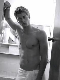 . Australian Men, Australian Actors, Future Boyfriend, Future Husband, Luke Mitchell, Hot Actors, Home And Away, Male Body, Cute Guys