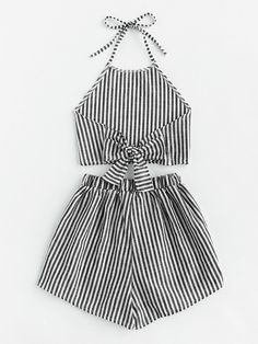 Striped Bow Open Back And Shorts Set -SheIn(Sheinside) Girls Fashion Clothes, Teen Fashion Outfits, Mode Outfits, Girl Fashion, Crop Top Outfits, Cute Casual Outfits, Pretty Outfits, Stylish Outfits, Mode Kpop