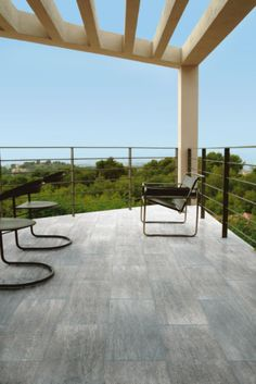 Carrelage eternal wood colorker tanguy mat riaux for Carrelage colorker